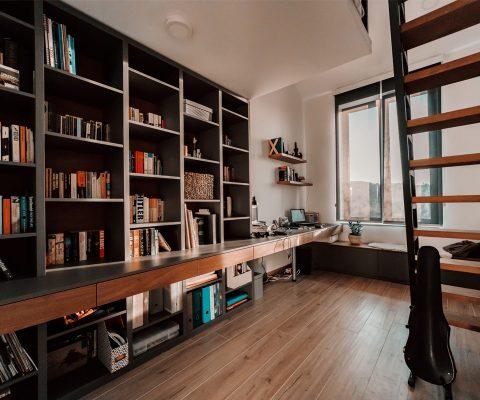 enterijer-kuca-biblioteka
